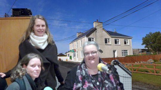 Interview auf Erris FM - Anja Uhlig und Doris Affeldt mit Edith Geraghty